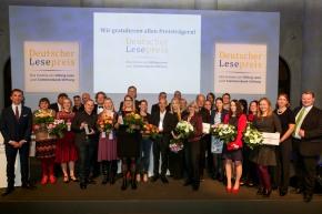 Gewinner des Deutschen Lesepreis 2017 in den vier Kategorien (c) Stiftung Lesen / BILDSCHÖN